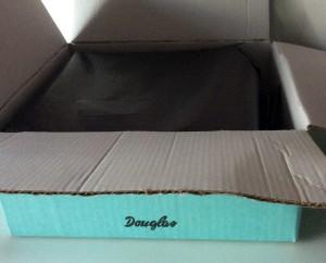Douglas Box of Beauty mit dem neuen schwarzen Seidenpapier