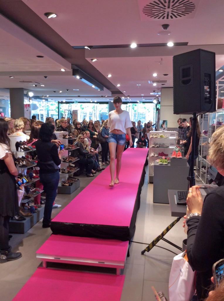 Glamour Goertz Event in FFM - Schuhmodenschau