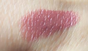 Midimauve Roséfarbener Malven-Ton mit zartem Schimmer (Lustre)