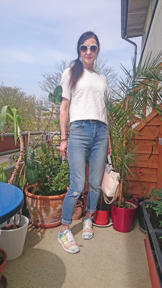 Mom Jeans | ASOS FARLEIGH mit RIPPED KNEES