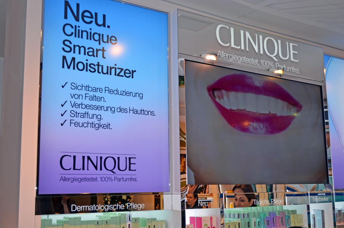 Clinique Counter im Douglas FFM auf der Zeil
