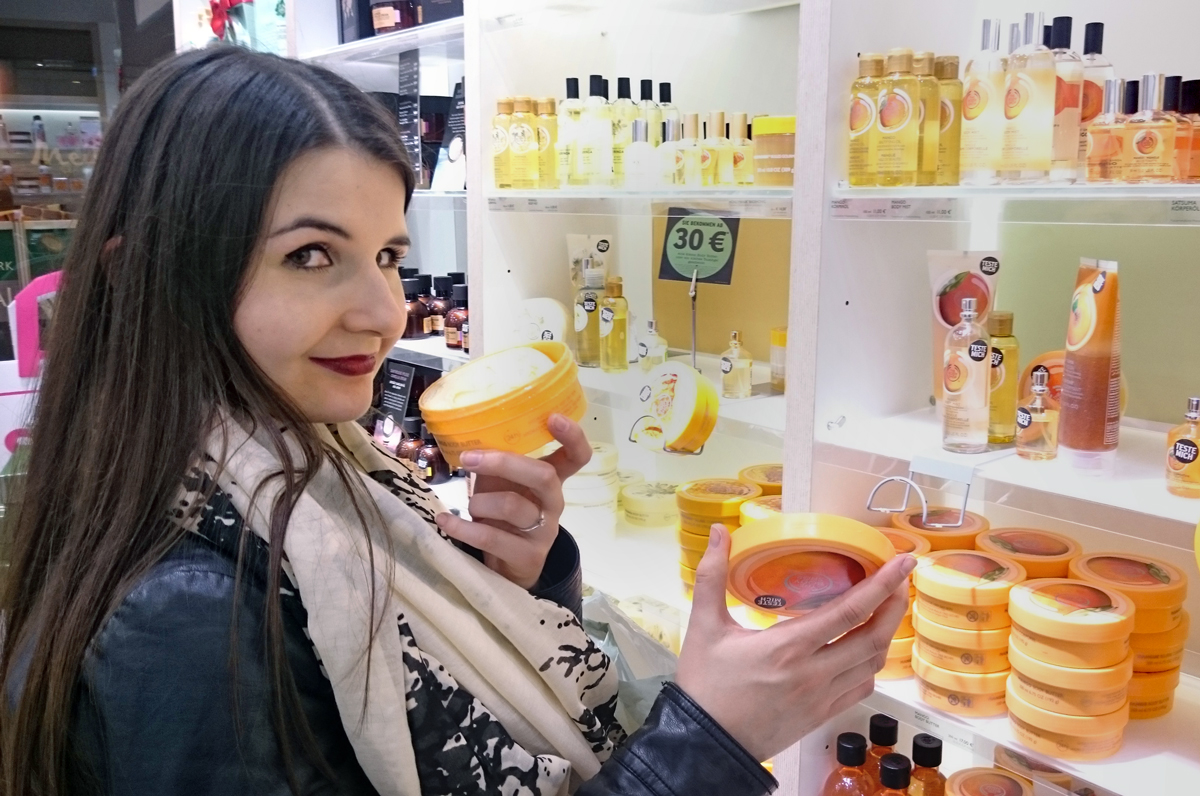 Anna bei TBD The Body Shop im Skyline Plaza