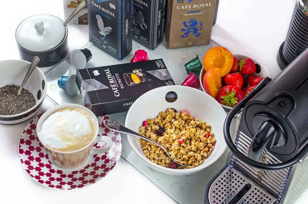 Zweiter Kaffee von Cafe Royal, diesmal als Cappuccino, zum Frühstück