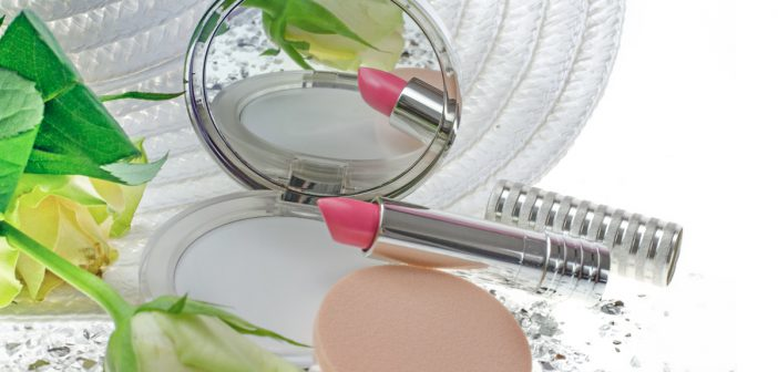 Anna's Braut-Make-up / Long Last Lipstick in Pink Petal. und http://www.clinique.de/product/1607/40619/Makeup/Puder/Stay-Matte-Universal-Blotting-Powder