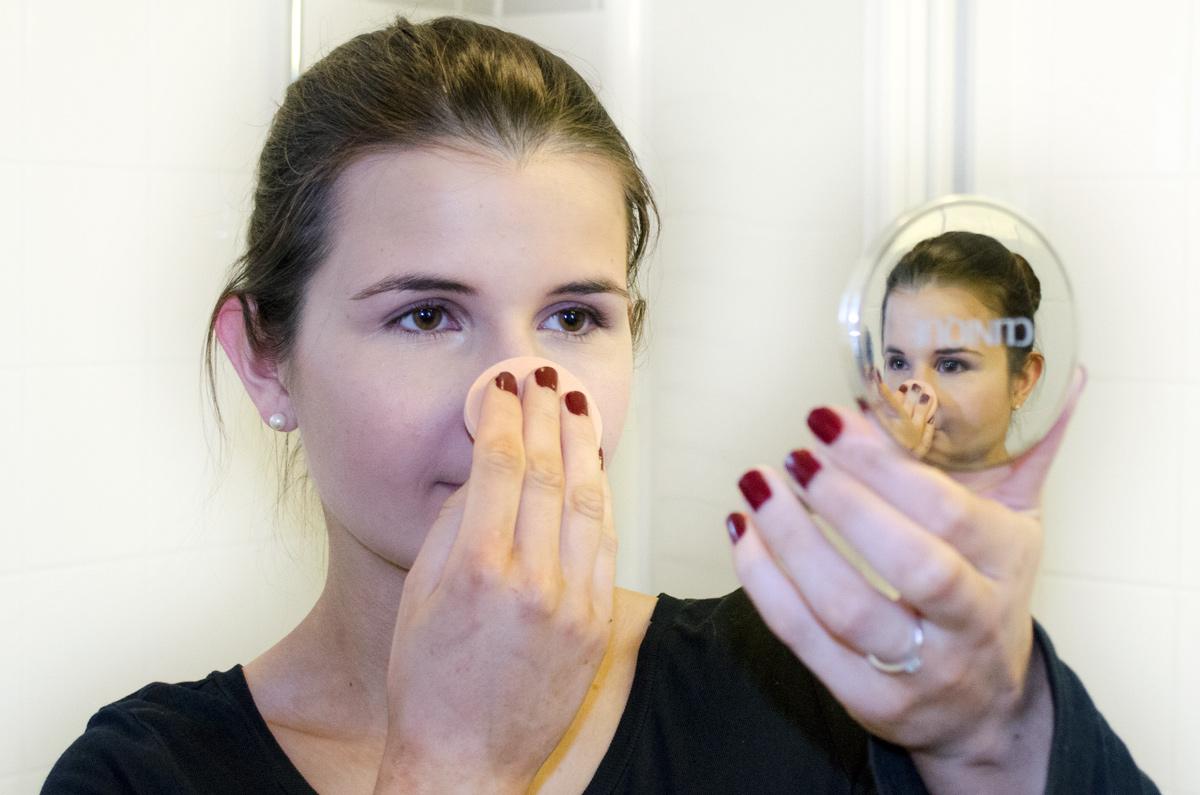 Anna's Braut-Make-up / STAY MATTE UNIVERSAL BLOTTING POWDER