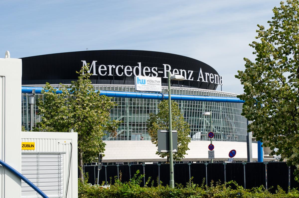 Mercedes-Benz-Arena in Berlin Friedrichhain Nähe Ostbahnhof