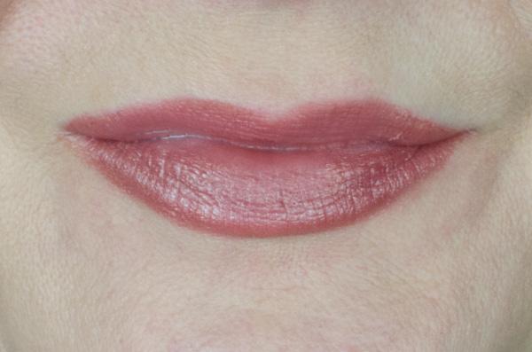 Clinique Crayola Collaboration | Chubby Sticks & Chubbies Intense | Fuzzy Wuzzy Swatch Lips