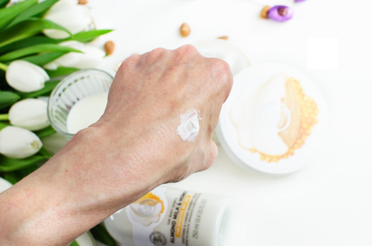 The Body Shop | Almond Milk & Honey Serie | Review mit Gewinnspiel + Versandcode | Body Butter Swatch