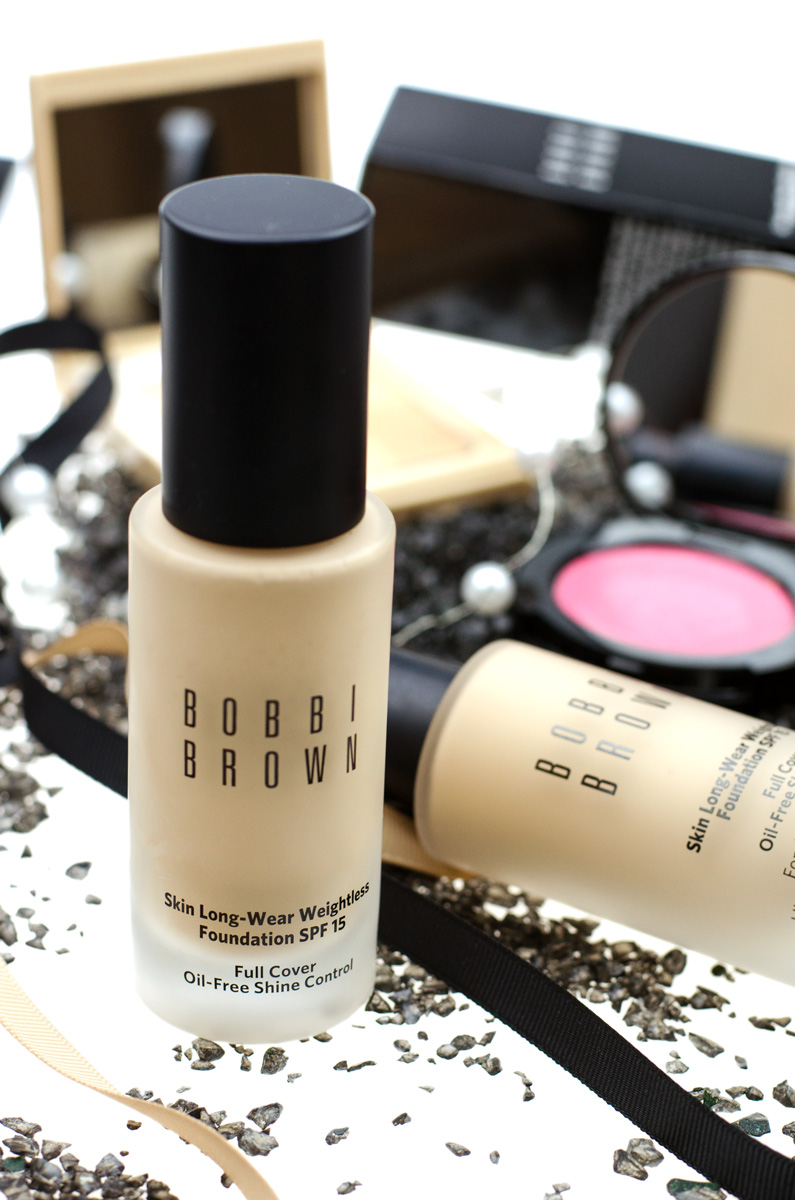[in kooperation mit bobbi brown | werbung]Bobbi Brown SKIN LONG-WEAR WEIGHTLESS FOUNDATION SPF 15