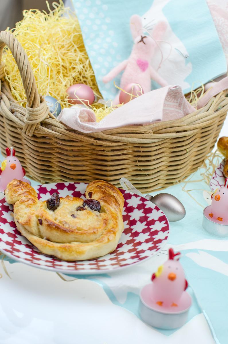 DIY Osterhasen Hefeschnecken | Leckere Cranberry-Zimtschnecken - nicht nur zu Ostern