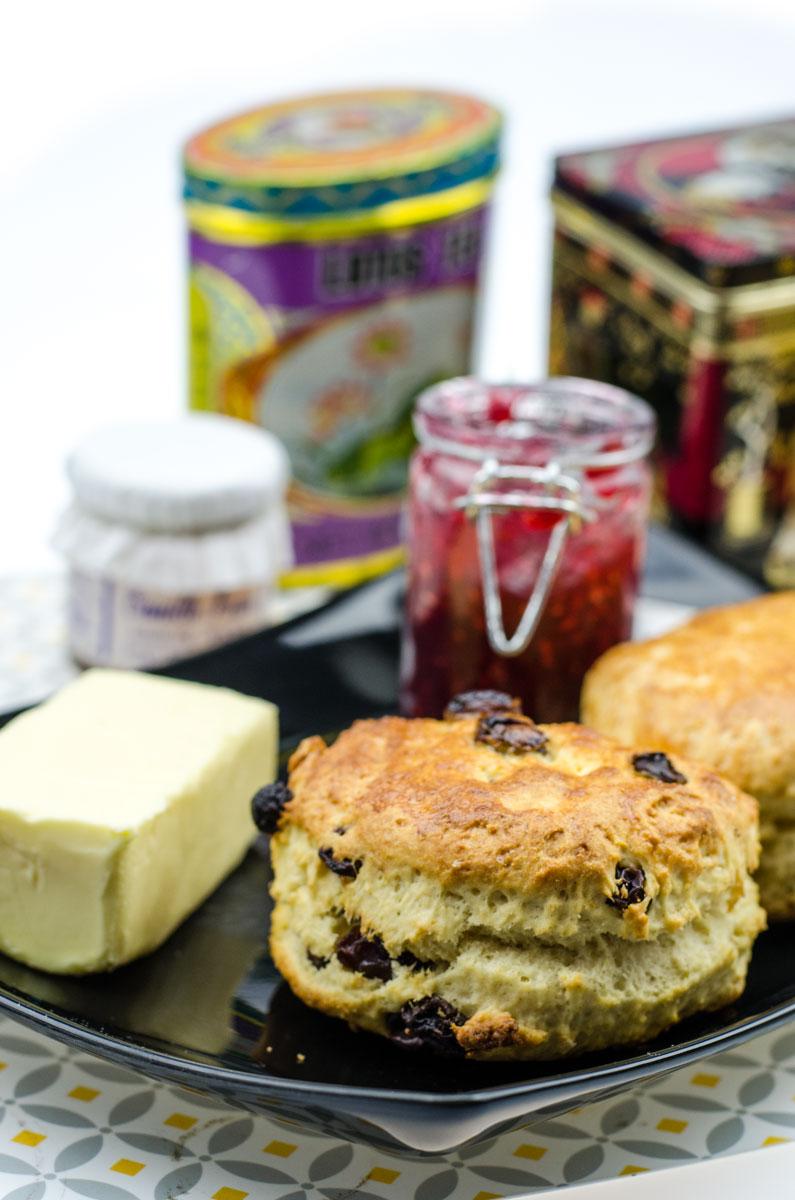 IRISH SCONES REZEPT Einfach, leckere & fluffige Tea Time Brötchen