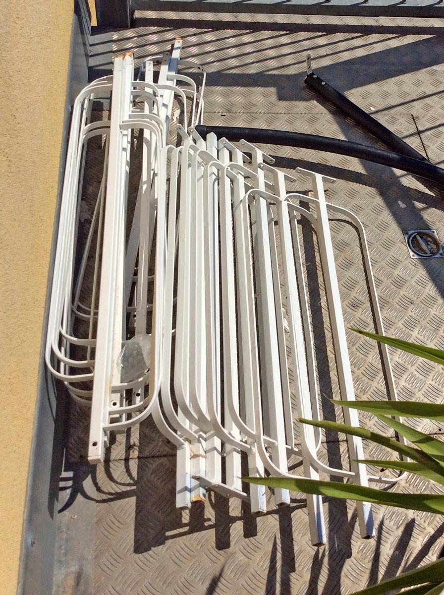 Bauruine statt Renovierung dank Jokerbau | Auf dem Balkon