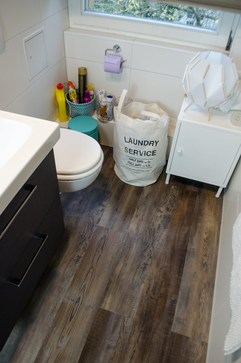 [anzeige]Nachhaltig wohnen & renovieren | Badezimmer ohne Fliesen | wineo Vinylboden in Vintage Holzoptik