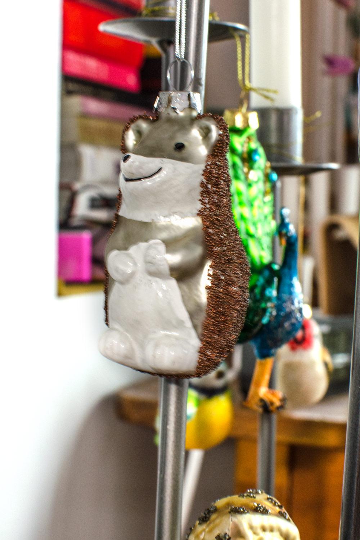 Weihnachtsdeko mal anders! [unbezahlte werbung|affiliate links]Tolles Christmas Decor und alter Weihnachtsschmuck neu in Szene gesetzt!