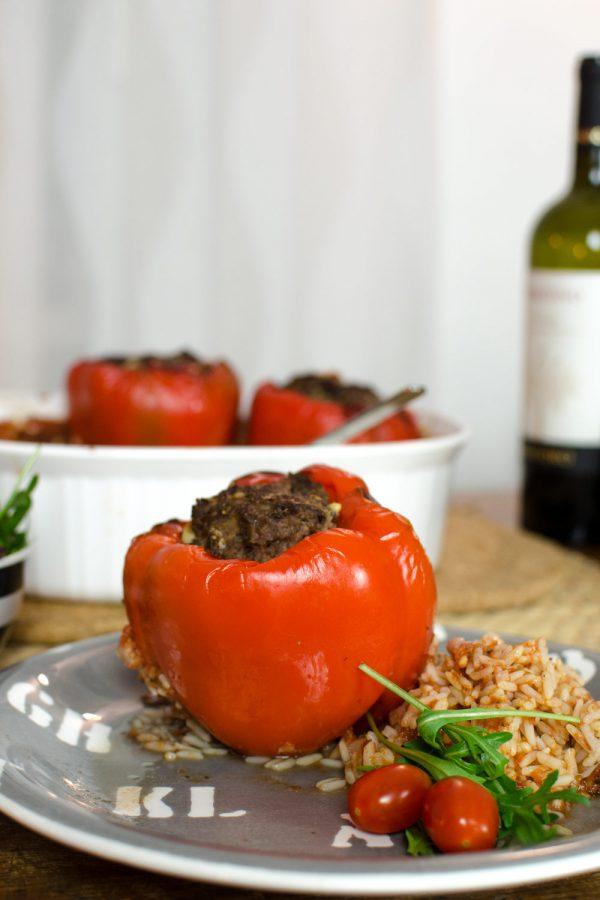 Gefüllte Paprika mit Reis Rezept | So einfach und lecker