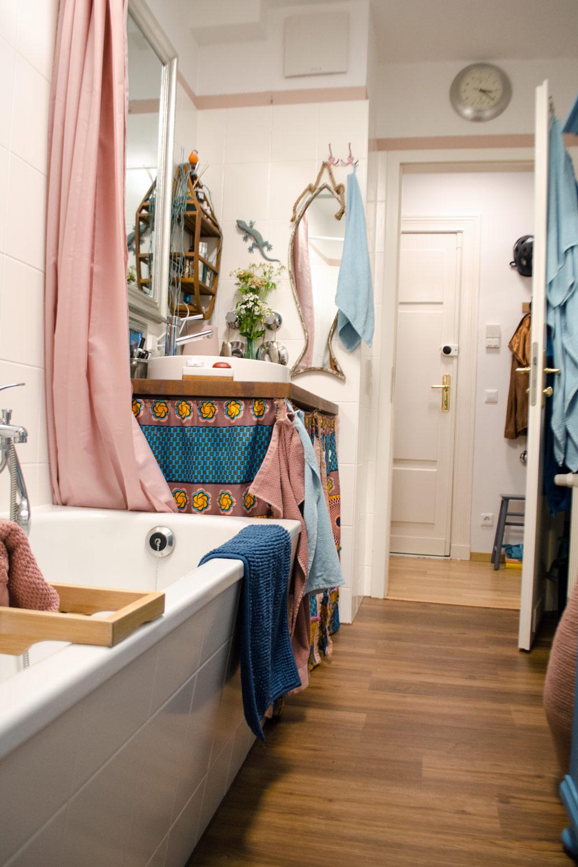 Bunte Farbwelt im Badezimmer [unbezahlte werbung]