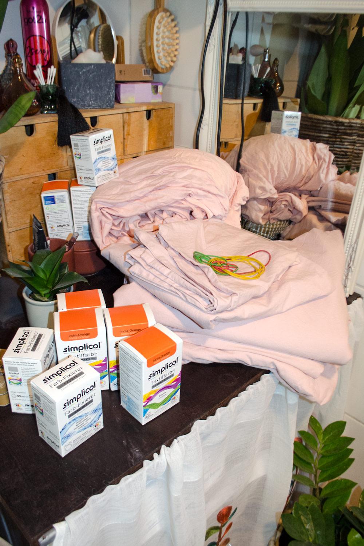 Bettwäsche färben | Ist Textilfarbe ungefährlich für die Waschmaschine? DIY Tutorial [unbeauftragte werbung]